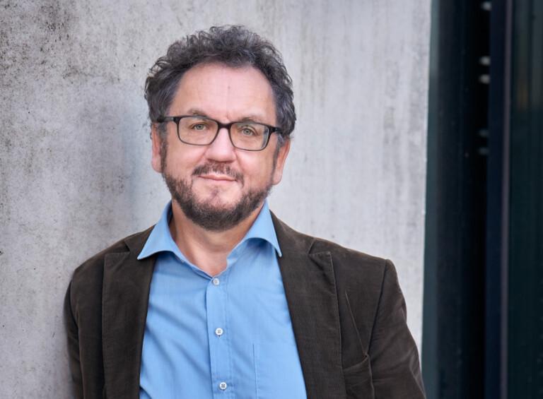 """Autor Heribert Prantl spricht er über sein im Frühjahr erschienenes Buch """"Not und Gebot. Grundrechte in Quarantäne""""."""