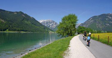 Via Bavarica Tyrolensis | Radfahren am See in Maurach