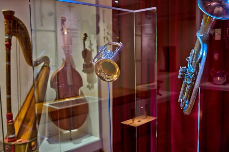 Zeitreisen im Museum | Instrumente